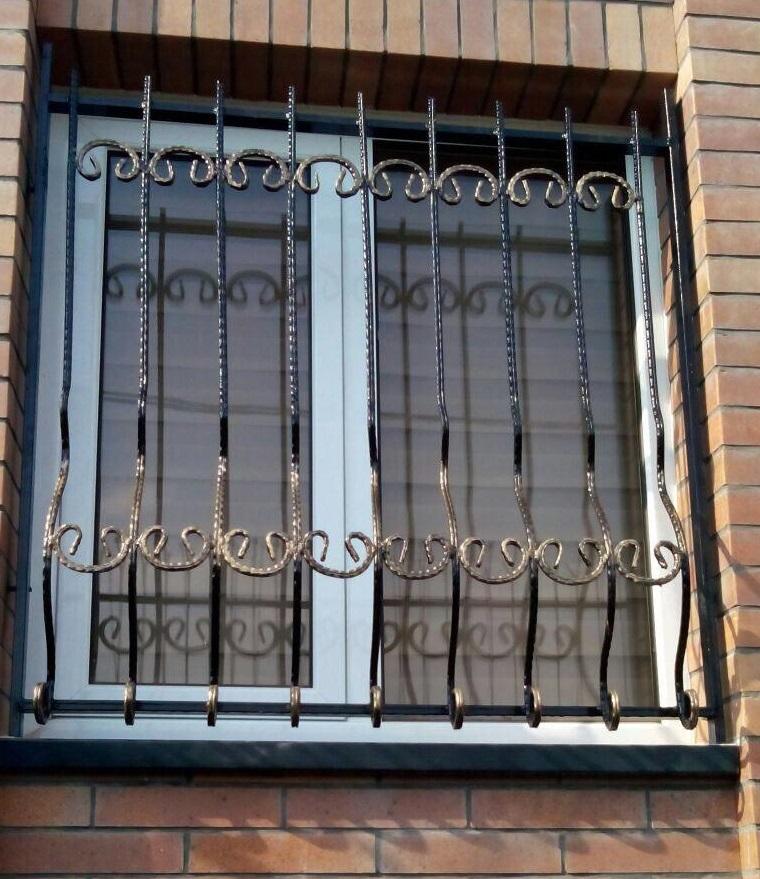 حفاظ پنجره فلزی